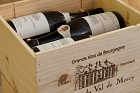 Chablis in wooden box (6)